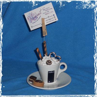 Portafoto Caffè effetto panna con cialde biscotti e cioccolati.