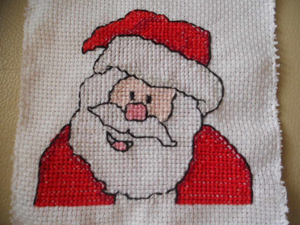 Ricamo a puno croce Babbo Natale
