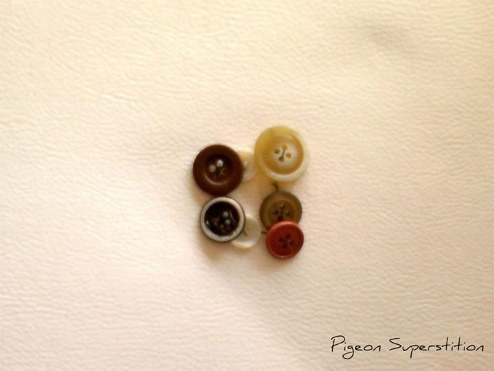 Bracciale coposto da bottoni vintage