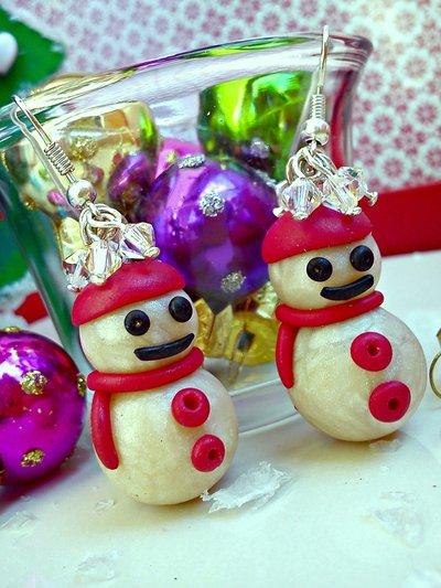 orecchini Pupazzo di neve  in fimo  con swarovski  handmade Merry Chritsmas