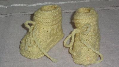 scarpette in lana per neonato