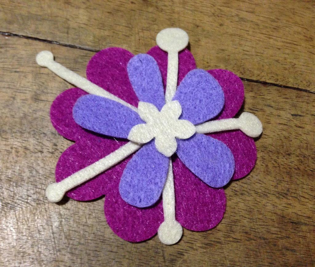 Fiore #2 in pannolenci