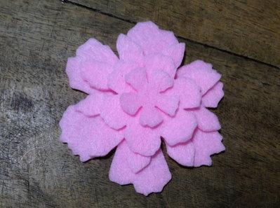 Fiore #3 in pannolenci