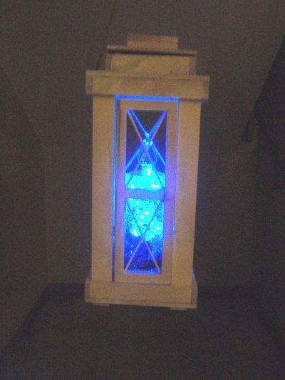 lanterna fatta a mano con luci a led