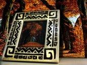 cornice porta foto in legno pirografata