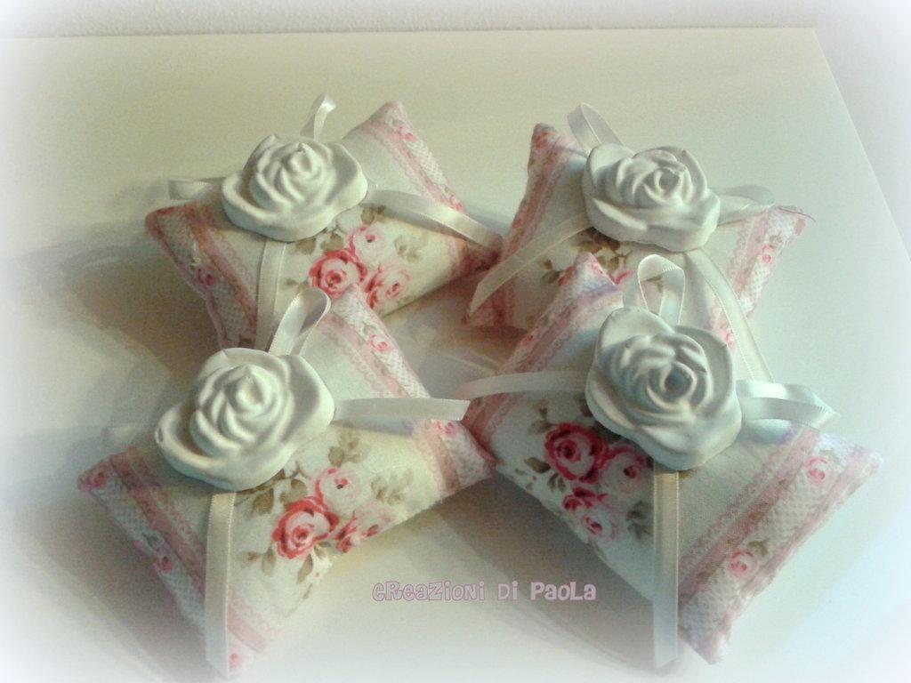 Cuscinetti profumati alla rosa