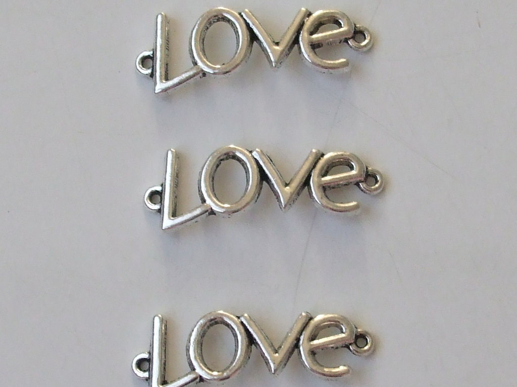 "3 charms connettori ""love"" 35x12mm"