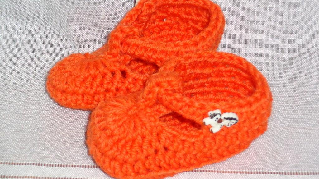 scapette per neonato in lana arancio