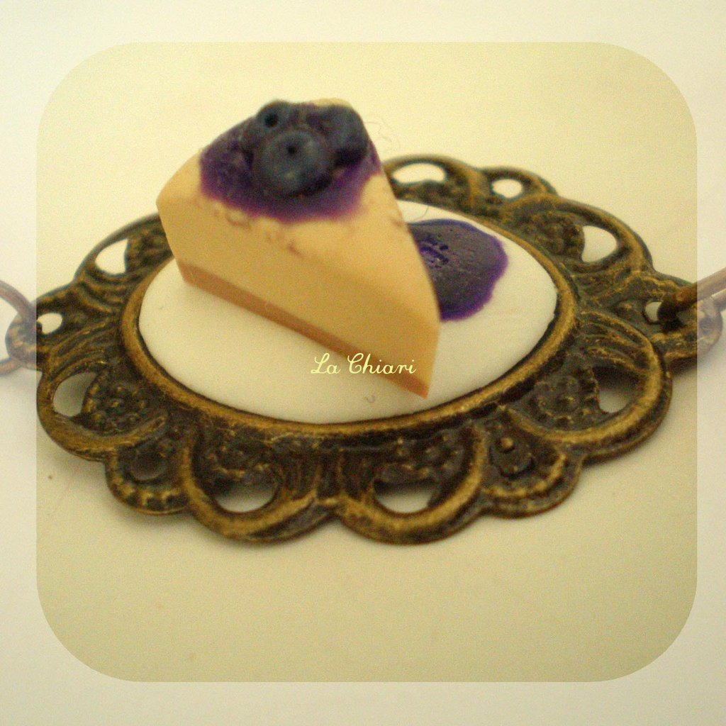 CHEESECAKE necklace