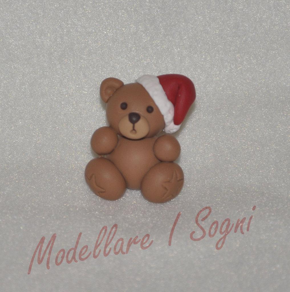 Portachiavi Orso di Natale - Tenero Orsetto con Cappello da Babbo Natale - Regalo per Natale e Feste Invernali