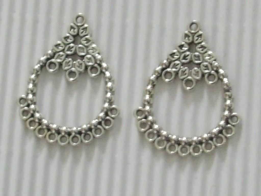 2 connettori orecchini a chandelier 35x28mm vend.