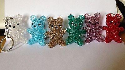 Portachiavi orsetto fatto a mano con perle mezzo cristallo