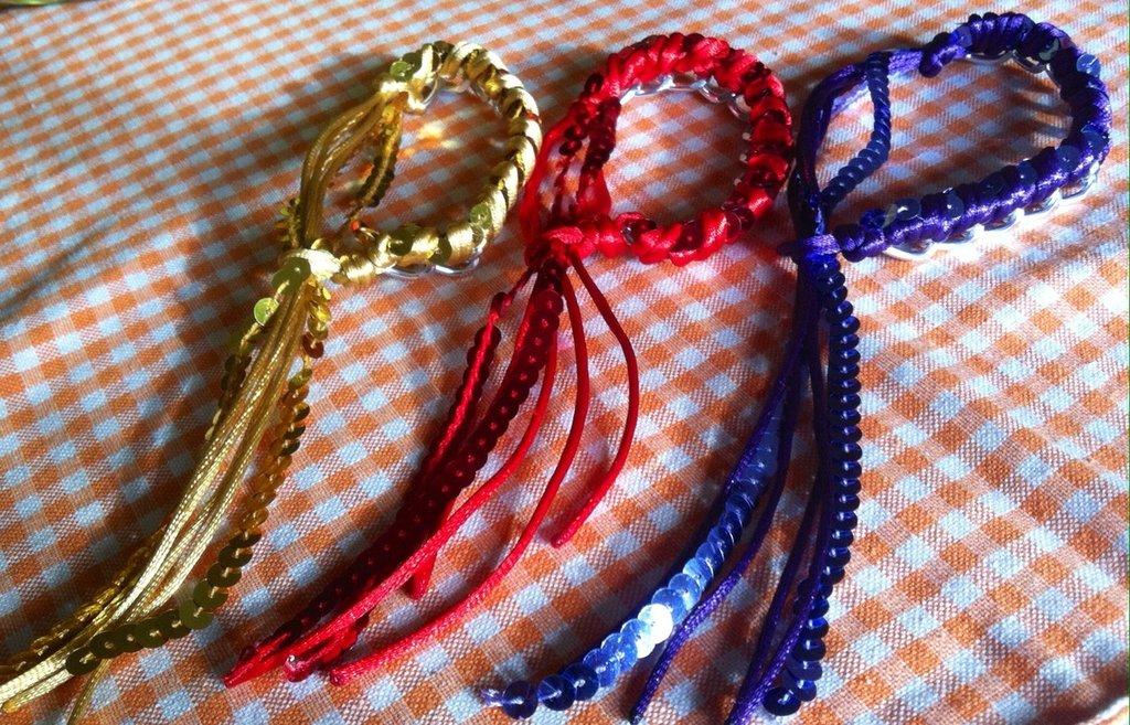 Bracciale in corda catena e paiettes