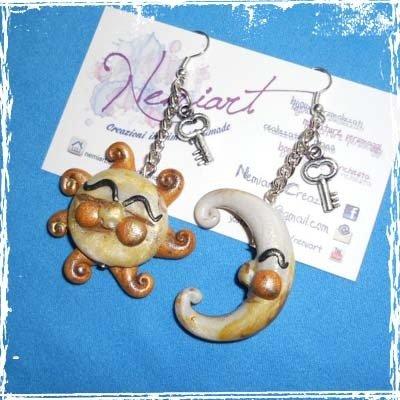 Orecchini pendenti Sole e Luna, Key,  in fimo, con monachella,handmade.
