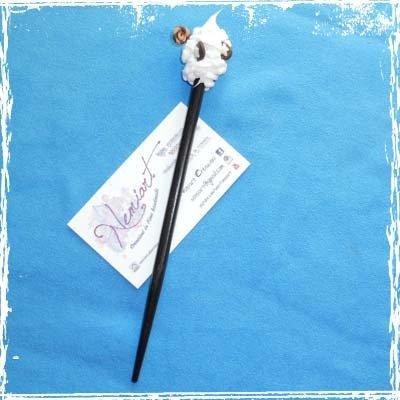 Spillone Pandistelle, per acconciature, effetto panna con decorazioni in fimo, handmade.