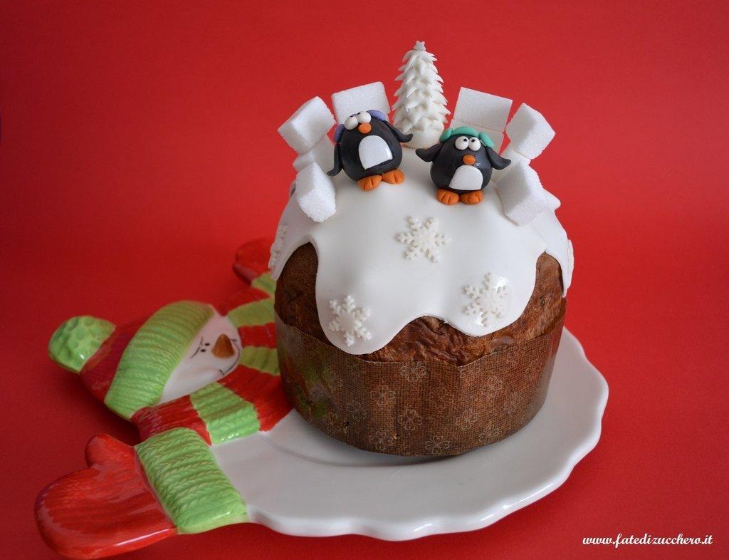 Panettoni decorati con pasta di zucchero cake design for Decorazioni torte vendita