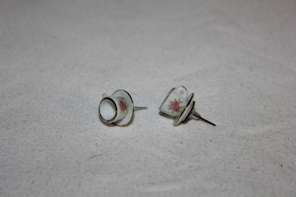 Orecchini tazzine miniatura