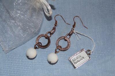 Orecchini artigianali fatti a mano agata bianca sfaccettata - idea regalo