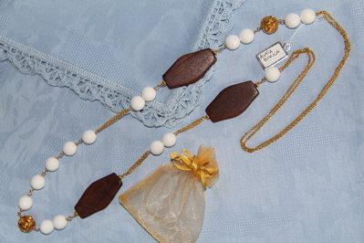 Collana artigianale fatta a mano agata bianca e legno - idea regalo