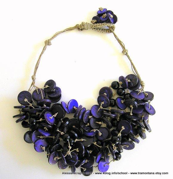 """Collana """"deep purple"""" in cocco viola e puro lino"""
