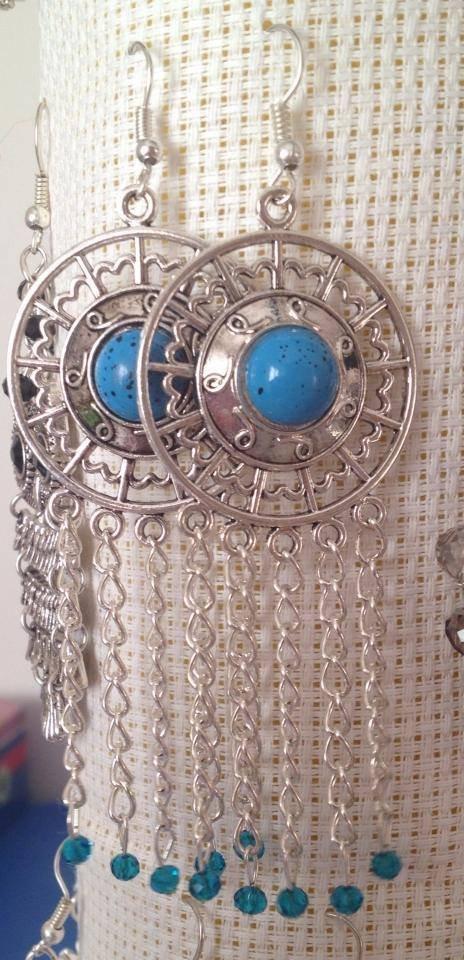 Orecchini con turchese catenelle e cristalli azzurri