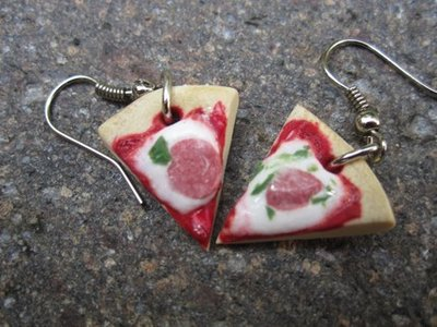 orecchini pizza - italian PIZZA with salami EARRINGS- HANDMAE from polymer clay cernit fimo