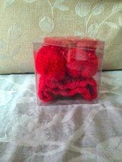 Set lana rosso scarpette e cappellino