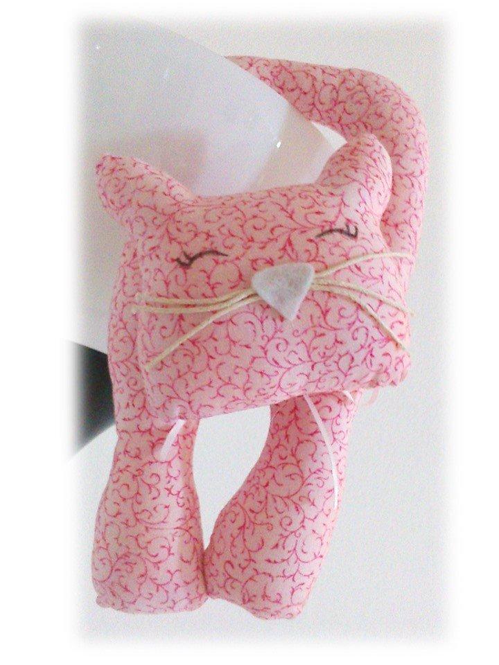 Gattino appeso stoffa rosa