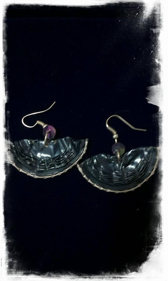 orecchini realizati con le cialde caffe