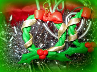 orecchini in fimo a forma di ghirlanda