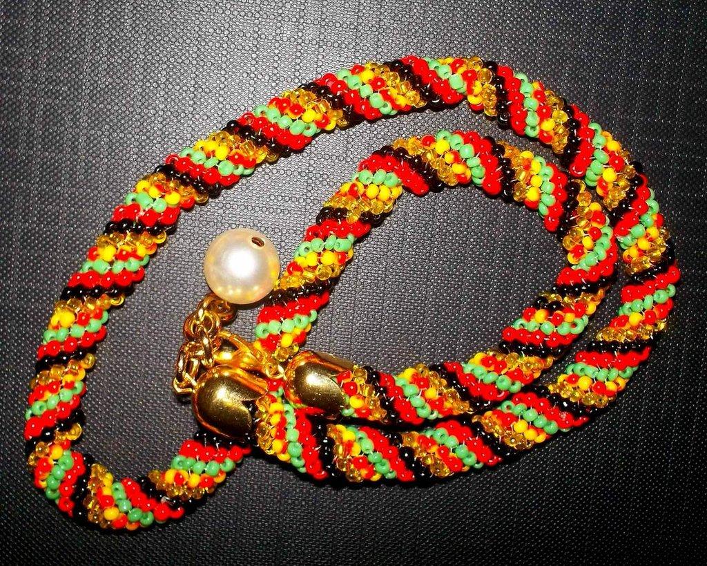 Collana con Perline/Spirale Crochet