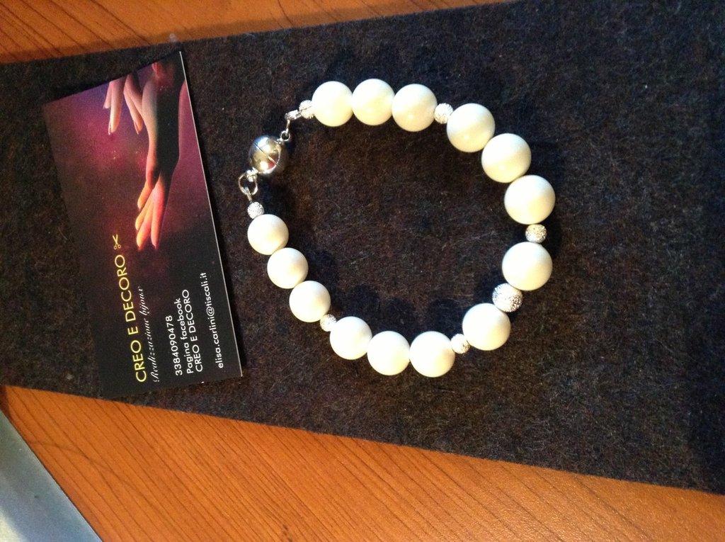 Bracciale donna in perle bianche