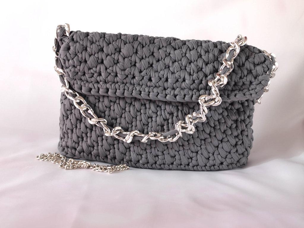 Borsa in fettuccia fatta a mano all 39 uncinetto crochet for Borse a uncinetto con fettuccia schemi