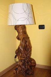 lampade in legno d'ulivo