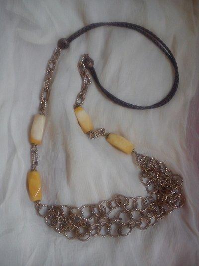 collana in calcite gialla