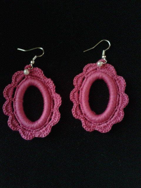orecchini rosa fucsia ad uncinetto