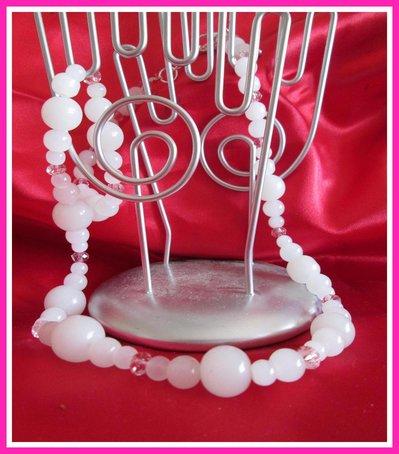 Collana con pietre bianche e perline rosa swaroski