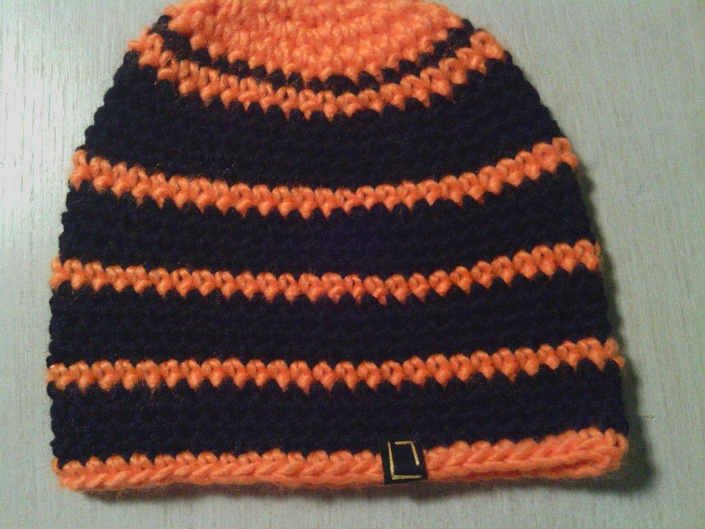 _cappello  uomo, donna  ragazza in lana, fatto a mano all'uncinetto C059
