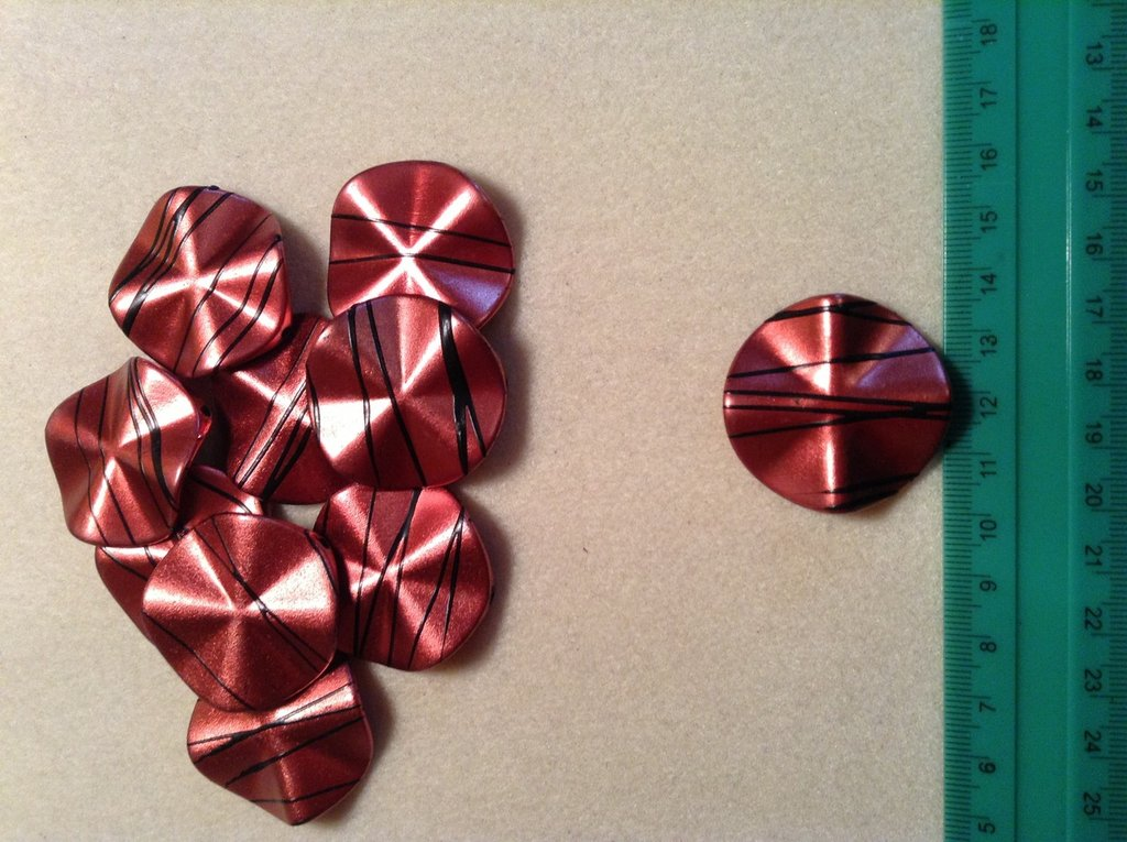 Perline plastica colore rosso
