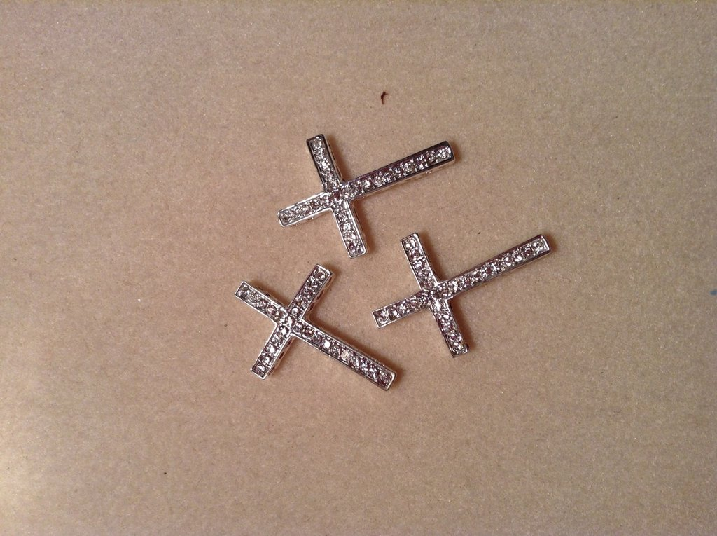 Charms croce con strass