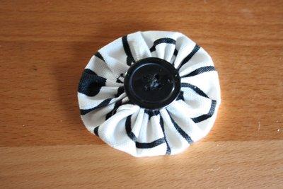 Broche Flor yo-yo B&N