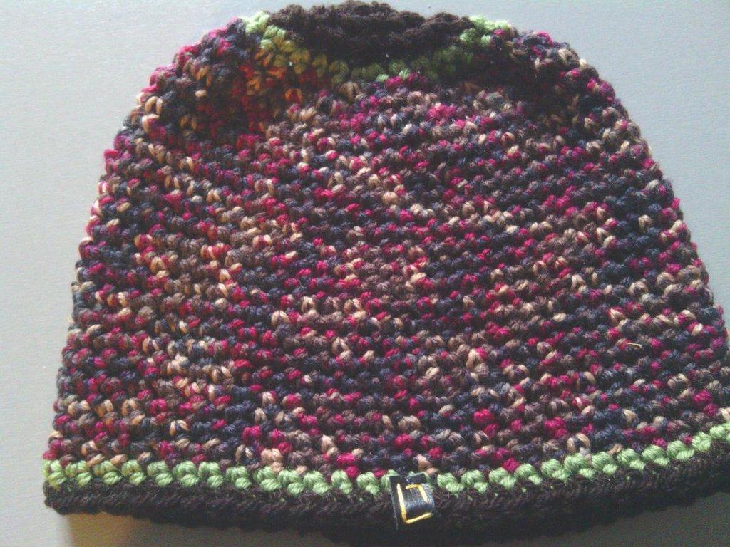 _cappello  uomo, donna  ragazzo in lana, fatto a mano all'uncinetto C065_