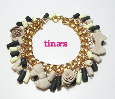 Bracciale handmade in fimo e cernit con catena dorata e perle e rose nere - beige ...