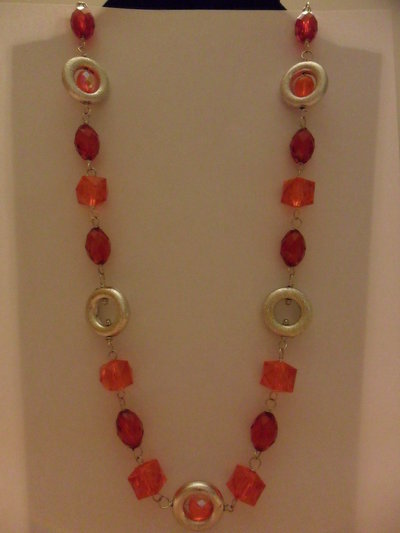 Collana lunga rosso e arancio