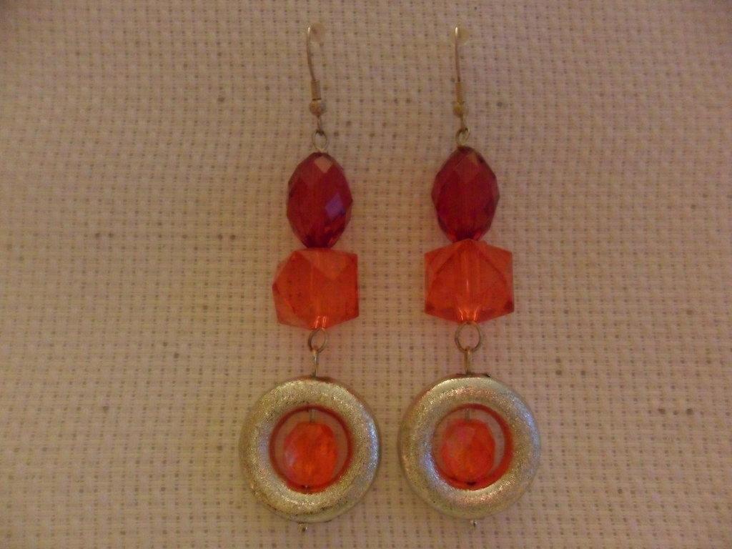 Orecchini pendenti rosso e arancio