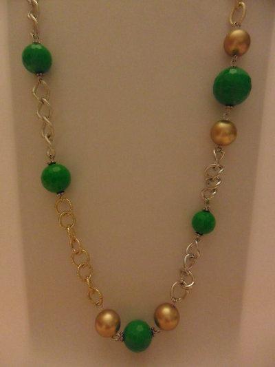 Collana lunga verde e oro