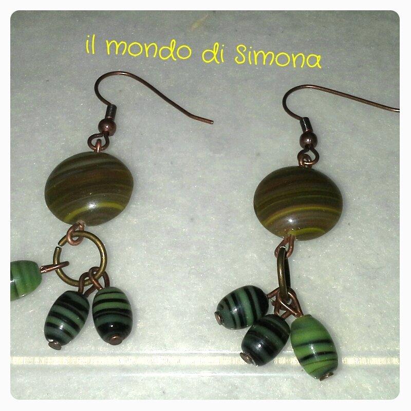 orecchini verde militare