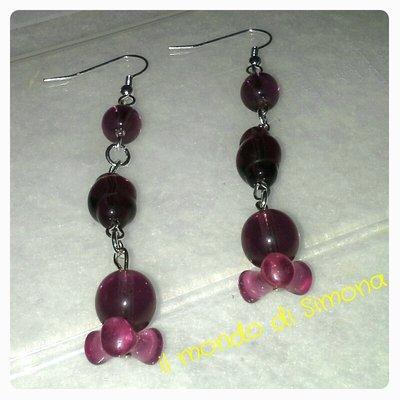 orecchini pendenti perle di vetro viola