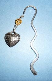 Segnalibro con cuore e perla in vetro