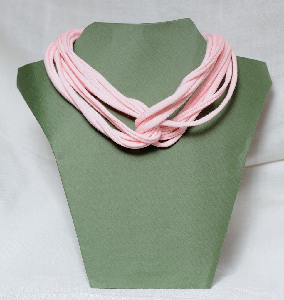 Collana strangolino rosa in cotone